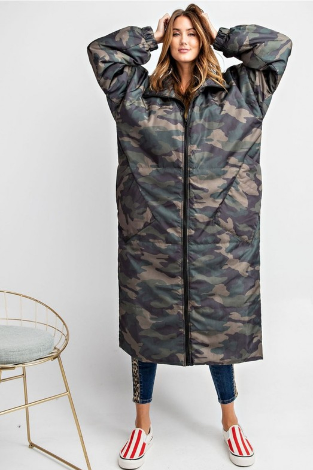Olivaceous  Maxi Puffer Jacket - Side Cropped Image
