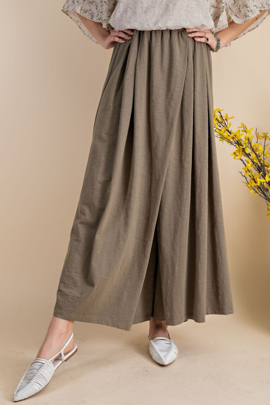 easel  Maxi Wide Leg Pants - Front Cropped Image
