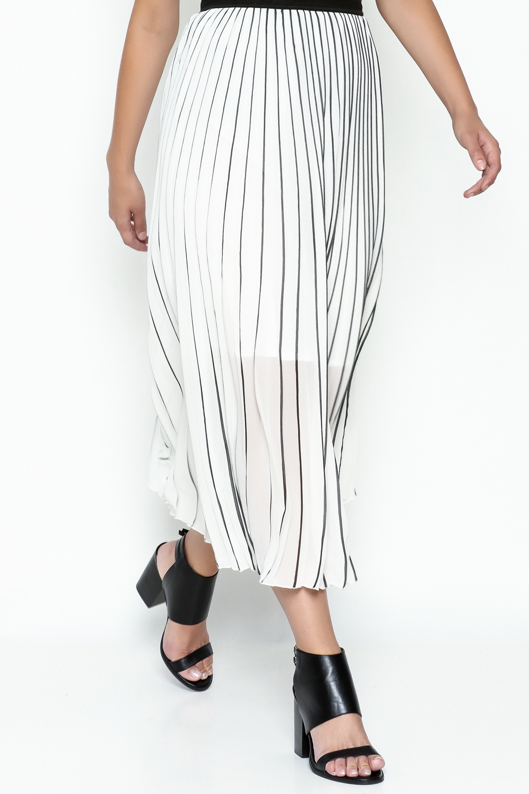 MC Oasis Striped White Skirt - Front Cropped Image