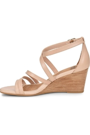 Sofft Mecina Blush Wedge - Front cropped