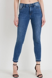 just black Medium Wash Skinny - Front cropped