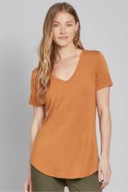 another love  MEGAN V-NECK TEE - Front cropped