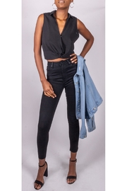 Final Touch Melrose Twist-Tank Black - Front cropped