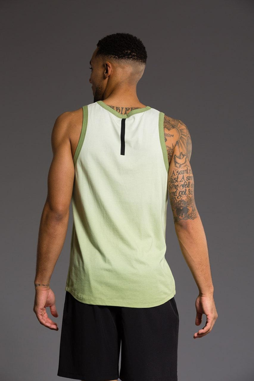 Onzie Mens Ombre Tank - Front Cropped Image