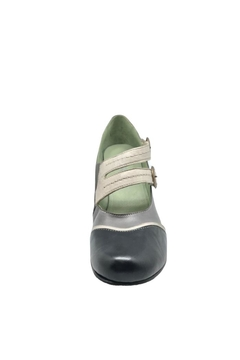 Mentha Classic Leather Pump - Alternate List Image