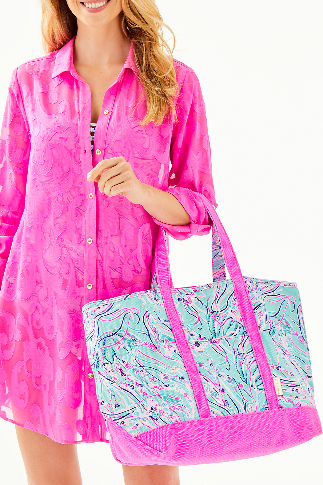 Lilly Pulitzer Mercato Tote - Side Cropped Image