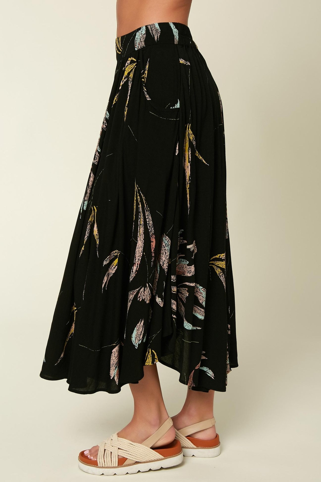 O'Neill Merin Floral Skirt - Side Cropped Image
