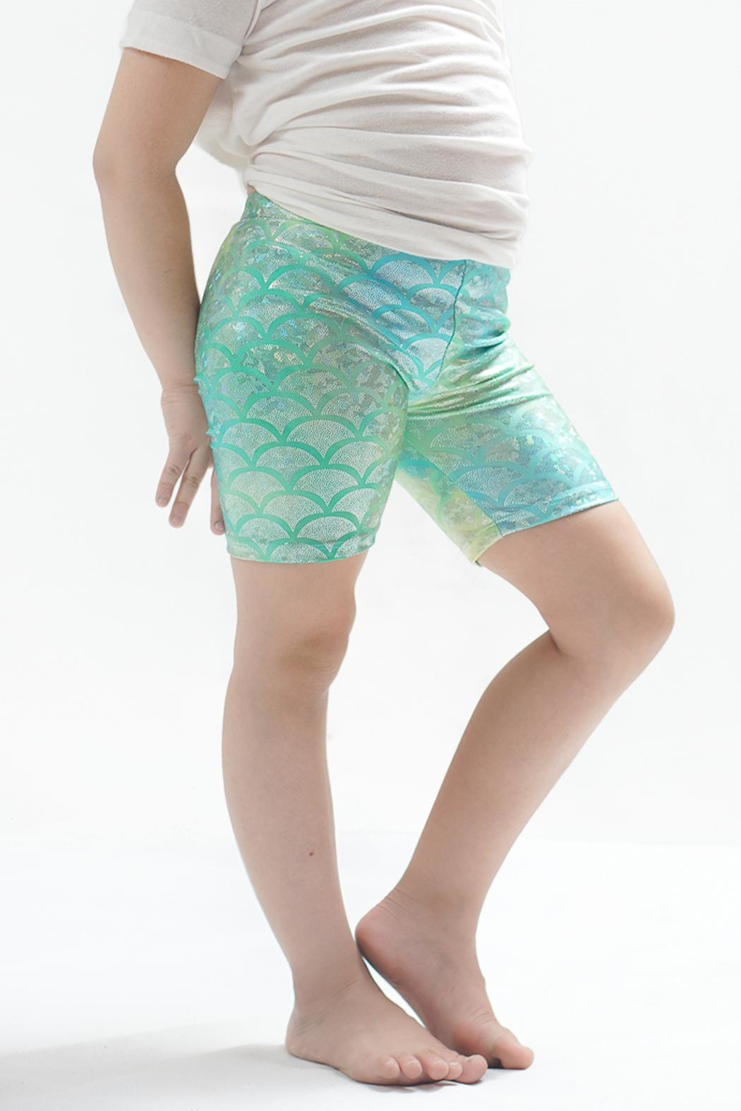 PPoT Kids Mermaid Shorts Green - Front Cropped Image