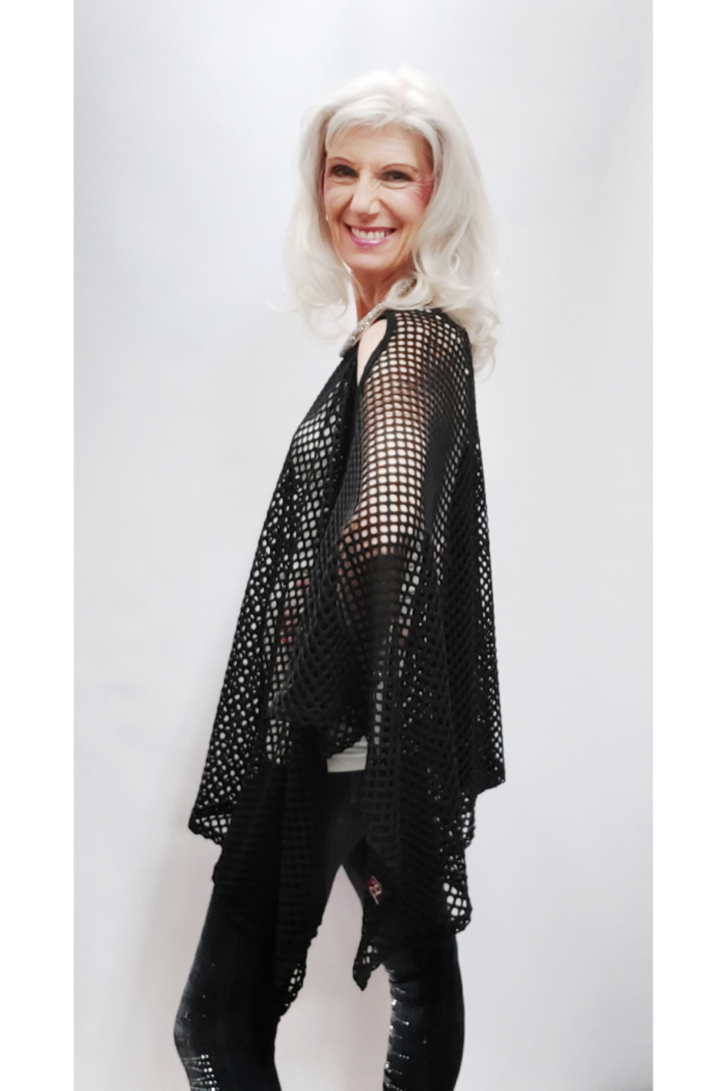 Magic Scarf Mesh Cold Shoulder Poncho - Side Cropped Image