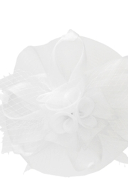 KIMBALS MESH FLORAL VEIL FASCINATOR - White - Front cropped