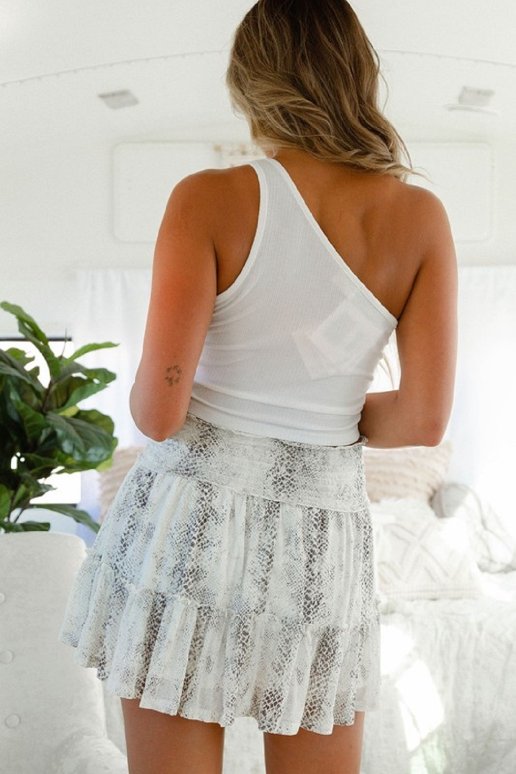 Peach Love California Mesh Snake Tier Skirt - Side Cropped Image