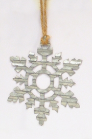 MeshedDesigns Corrugated Metal Snowflake - Front cropped