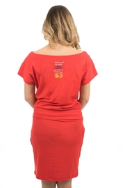 Message Factory Sweet Pea Red - Front full body
