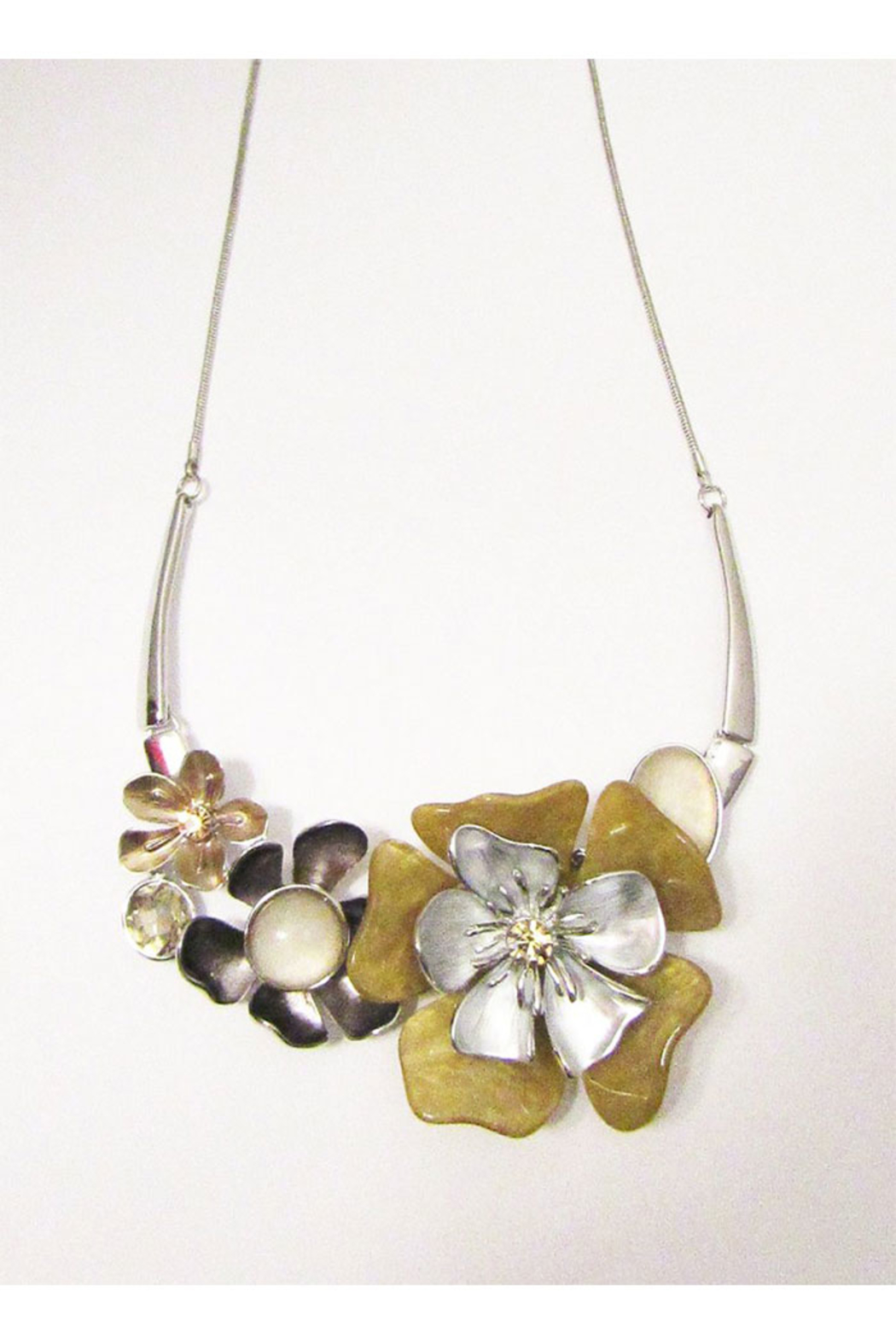 KIMBALS Metal Necklace Set Floral In Silver Tones - Main Image
