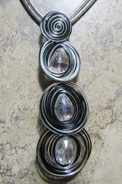 DDFL Import METALLIC WIRED CIRCLES NECKLACE - Product List Image