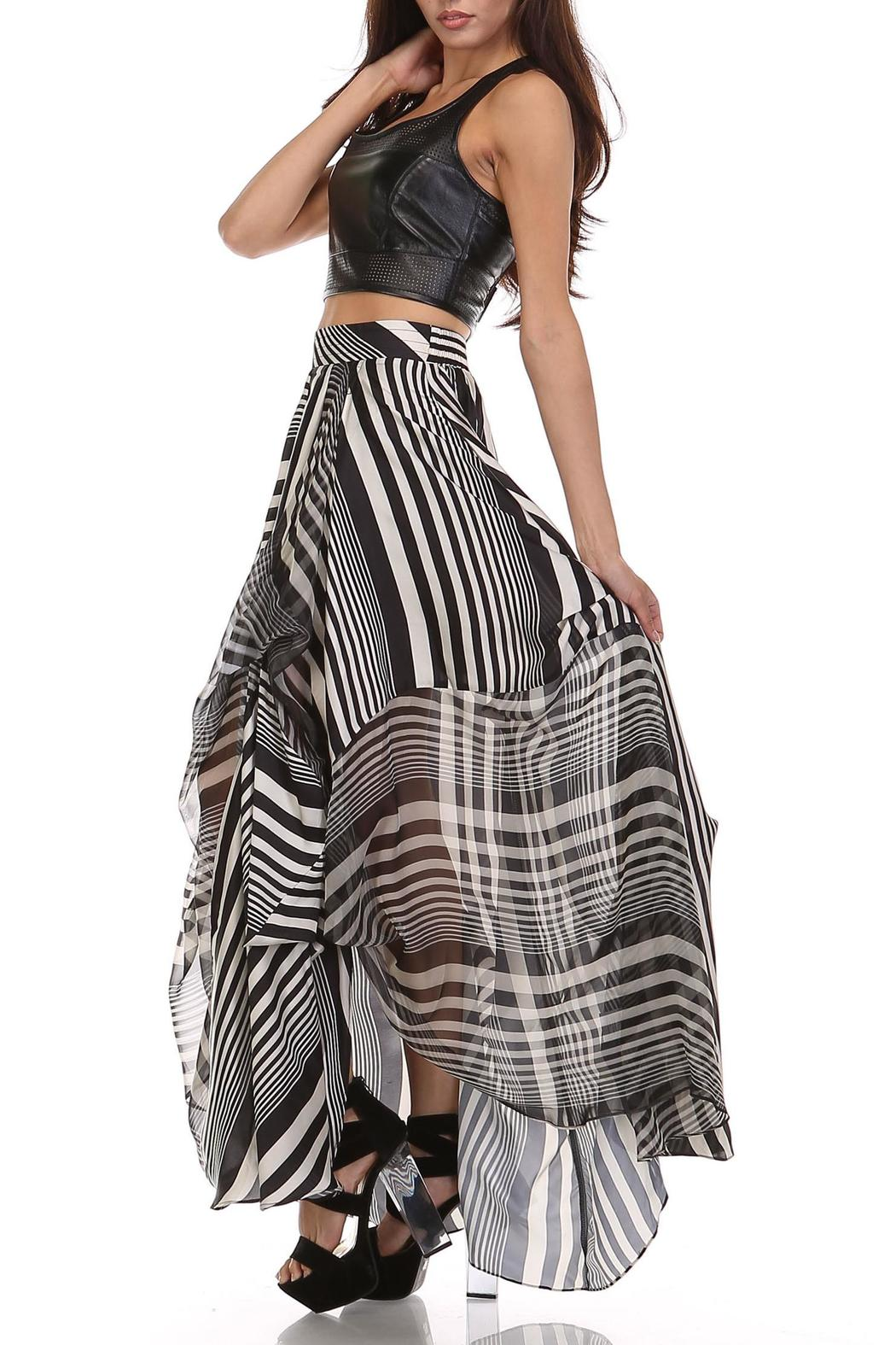 MHGS Licorice Stripe Maxi - Side Cropped Image