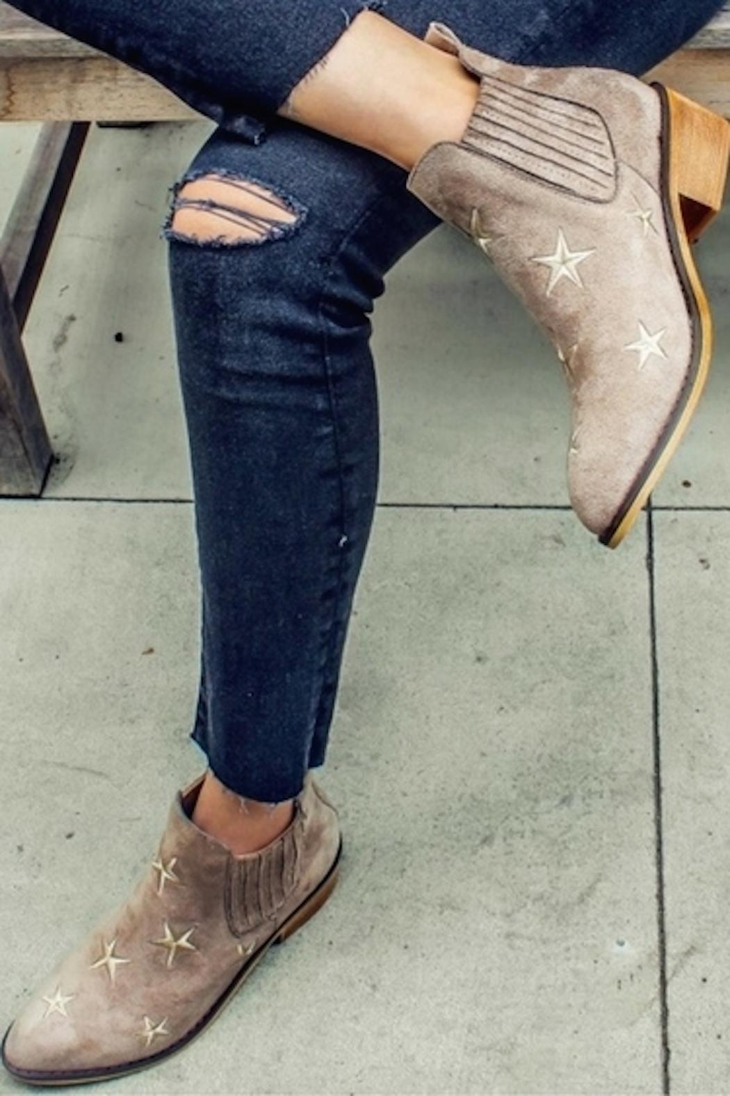 Mi.im Tetsu Star Booties - Side Cropped Image