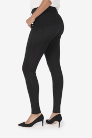 Kut from the Kloth Mia H/R Fab Ab - Front full body