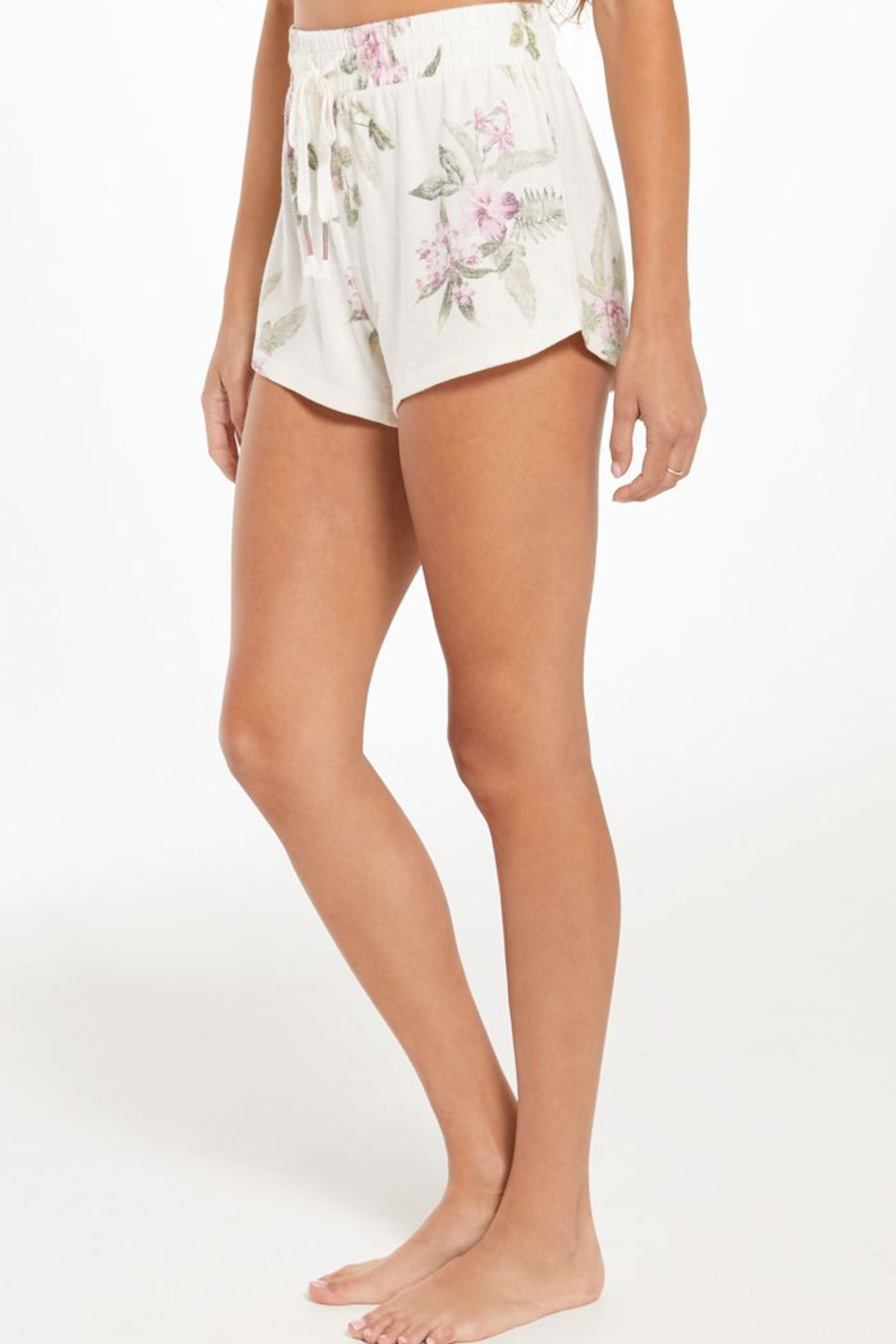 z supply Mia Spring Floral Short - Side Cropped Image