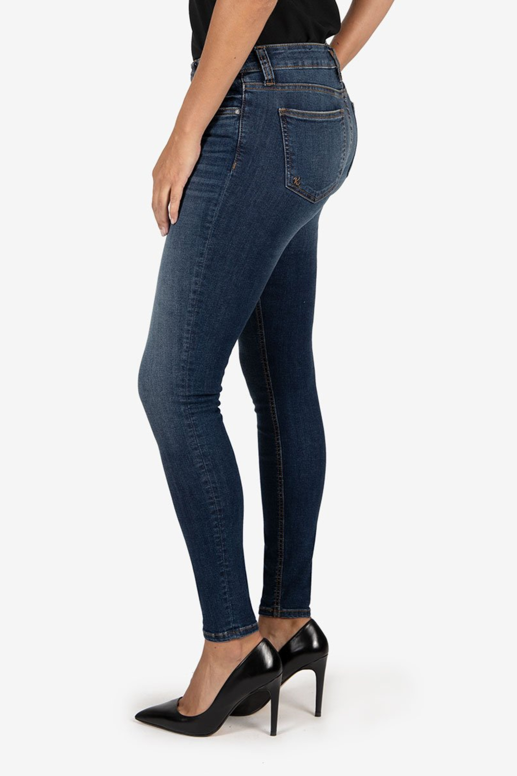 Kut from the Kloth Mia Toothpick Skinny - Front Full Image