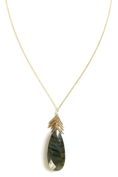 Michelle Pressler Labradorite Pendant Necklace - Alternate List Image