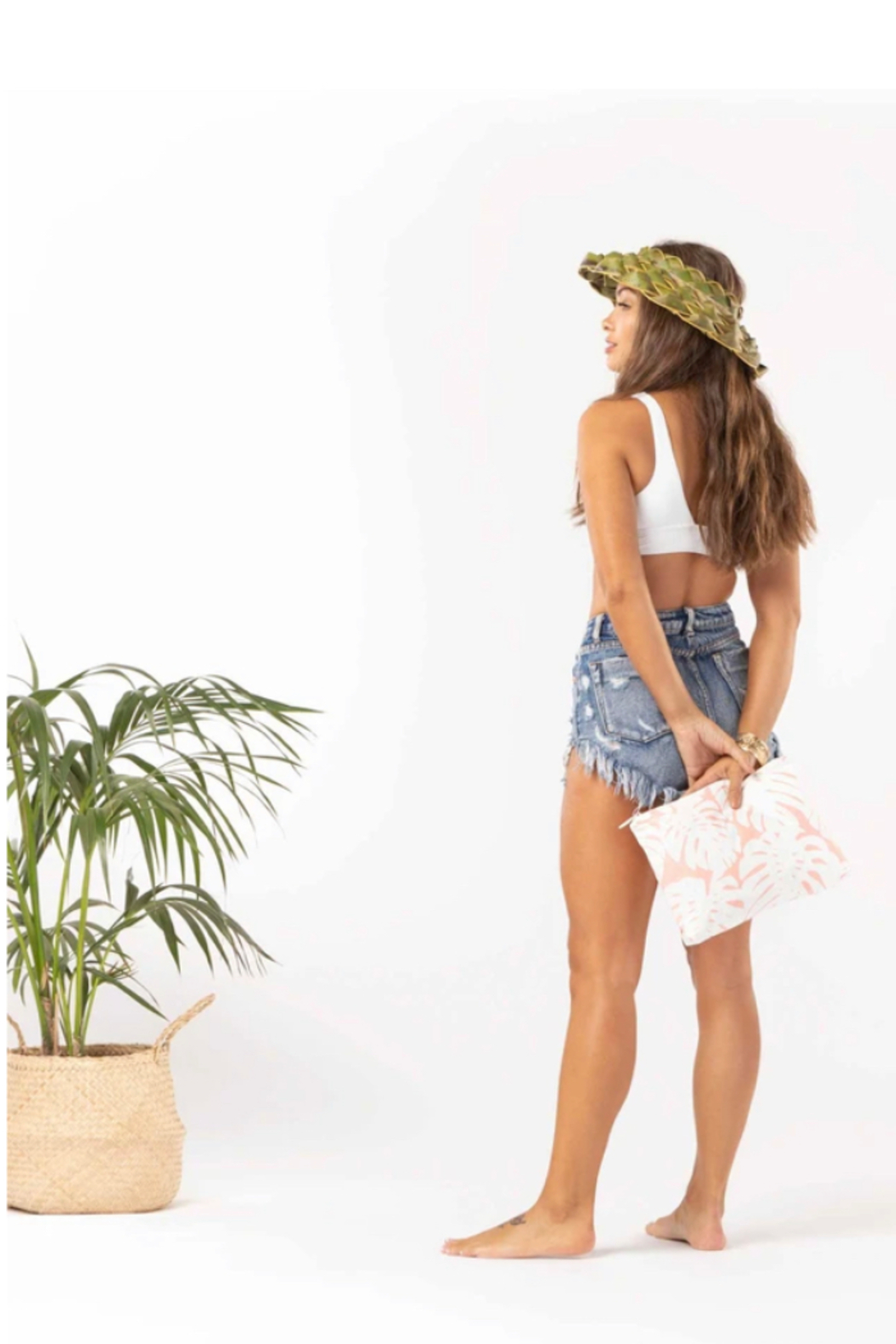 Aloha Collection Mid Manoa Pouch - Side Cropped Image
