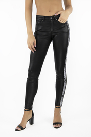 Tractr (New York Poplin) Mid Rise Black Skinny Jean w Snake Side Panel - Product Mini Image