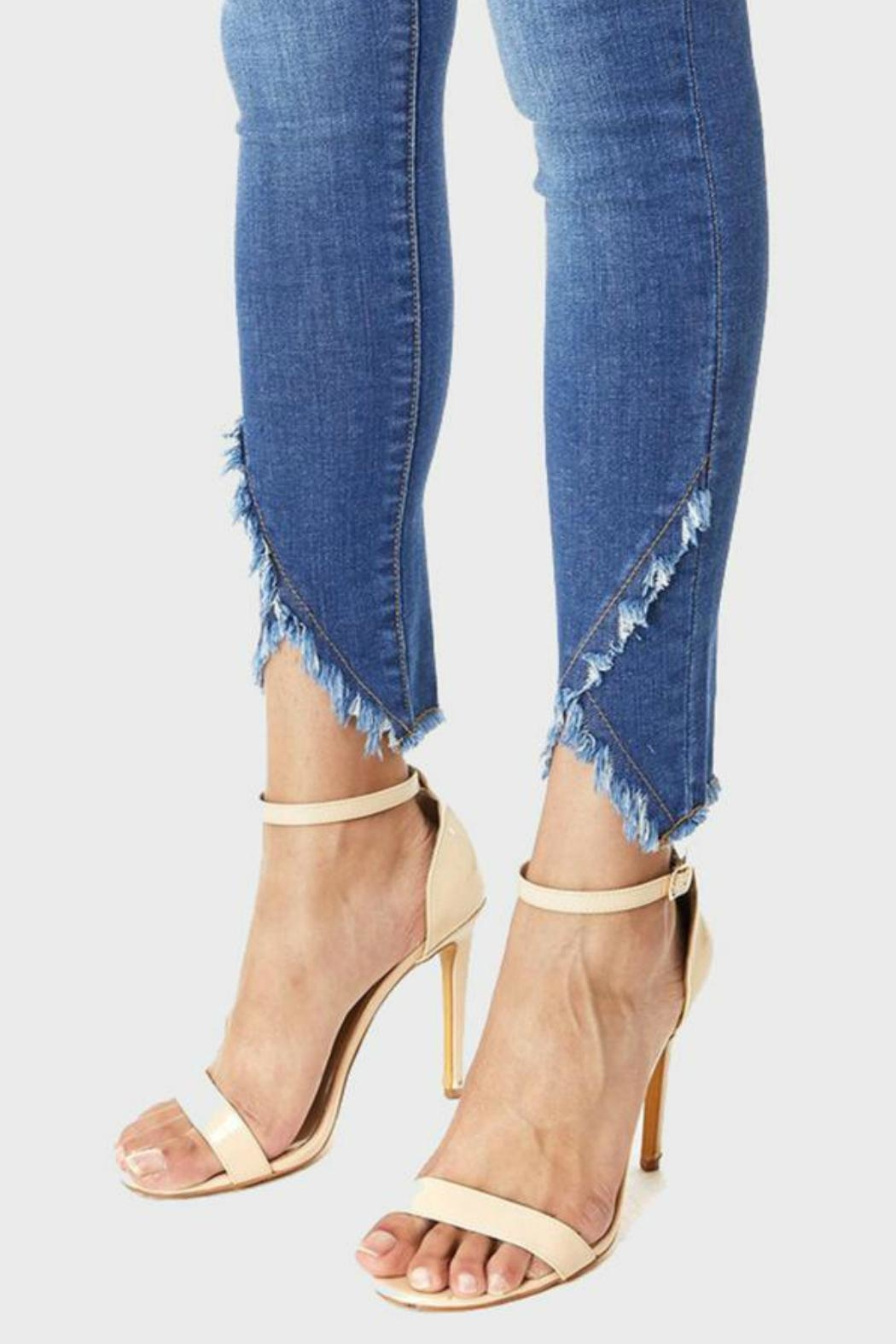 Muselooks Mid-Rise Frayed-Ankle Skinny-Jean - Back Cropped Image