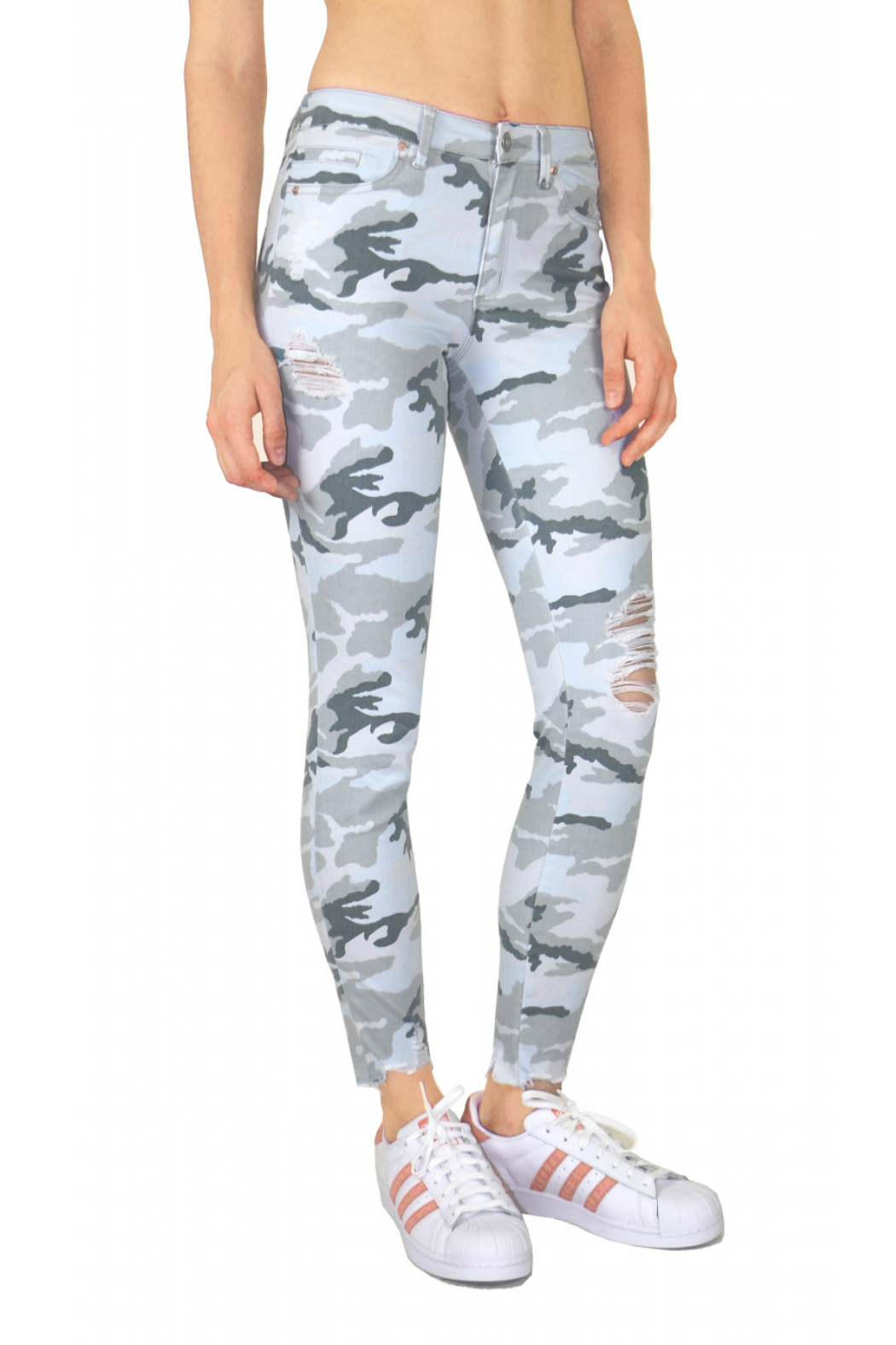 Tractr Midrise Distressed Camo Jean - Front Full Image