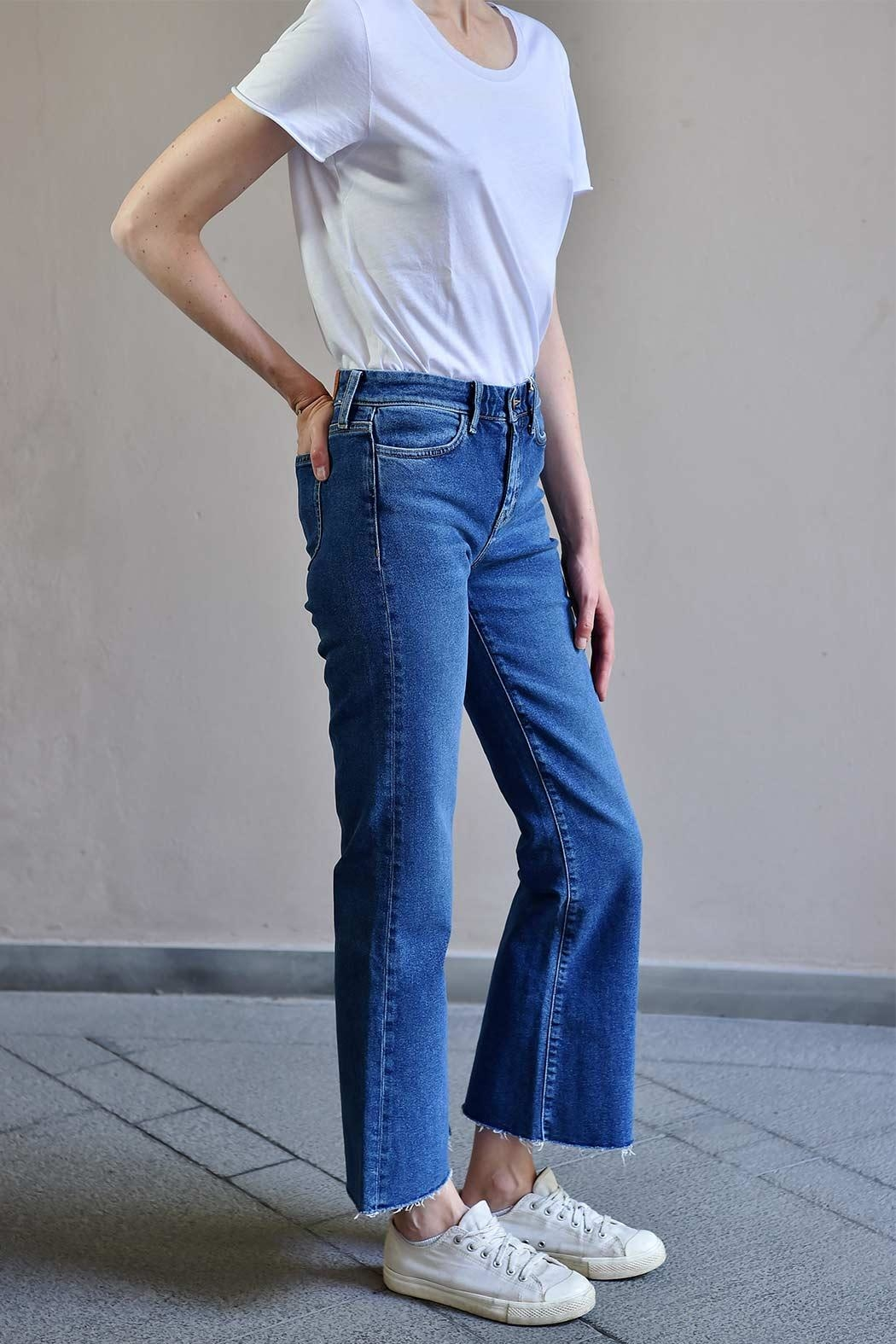 MiH Jeans Cropped Bell Jeans - Front Full Image