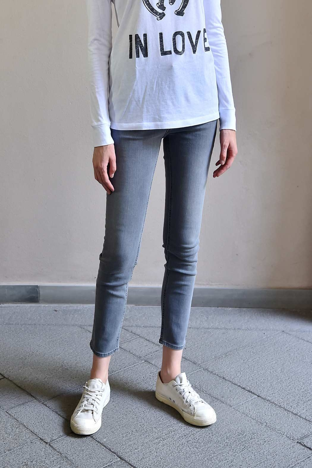 MiH Jeans High Rise Skinny Jeans - Front Cropped Image