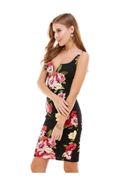Miley and Molly Big Floral Knit V-Wine Sleeveless Fitted Dress - Front cropped