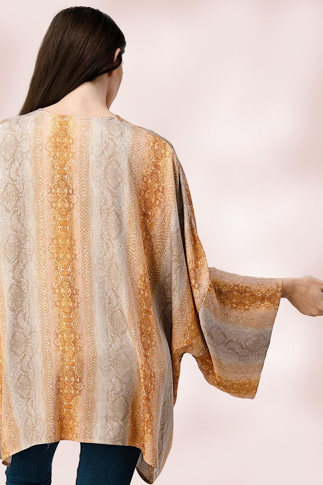 Miley and Molly Oversized Kimono In Snake Skin Printed Cardigan - Side Cropped Image