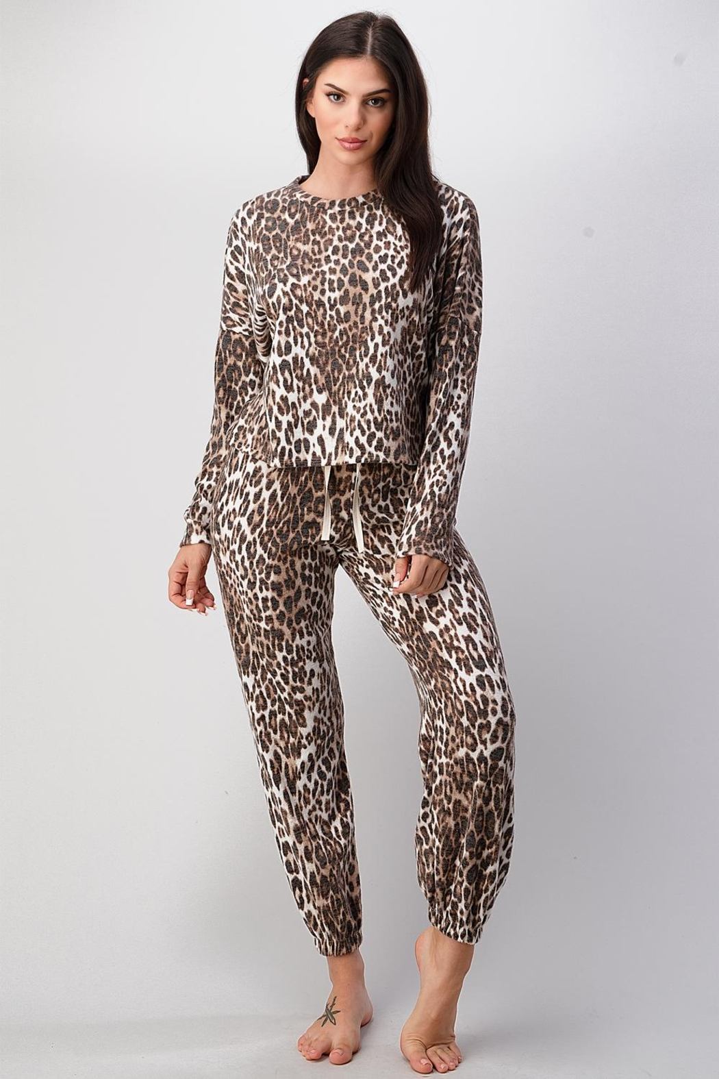 Miley and Molly Pajama Set Jogger Sets Lounge Wear Set - Front Cropped Image