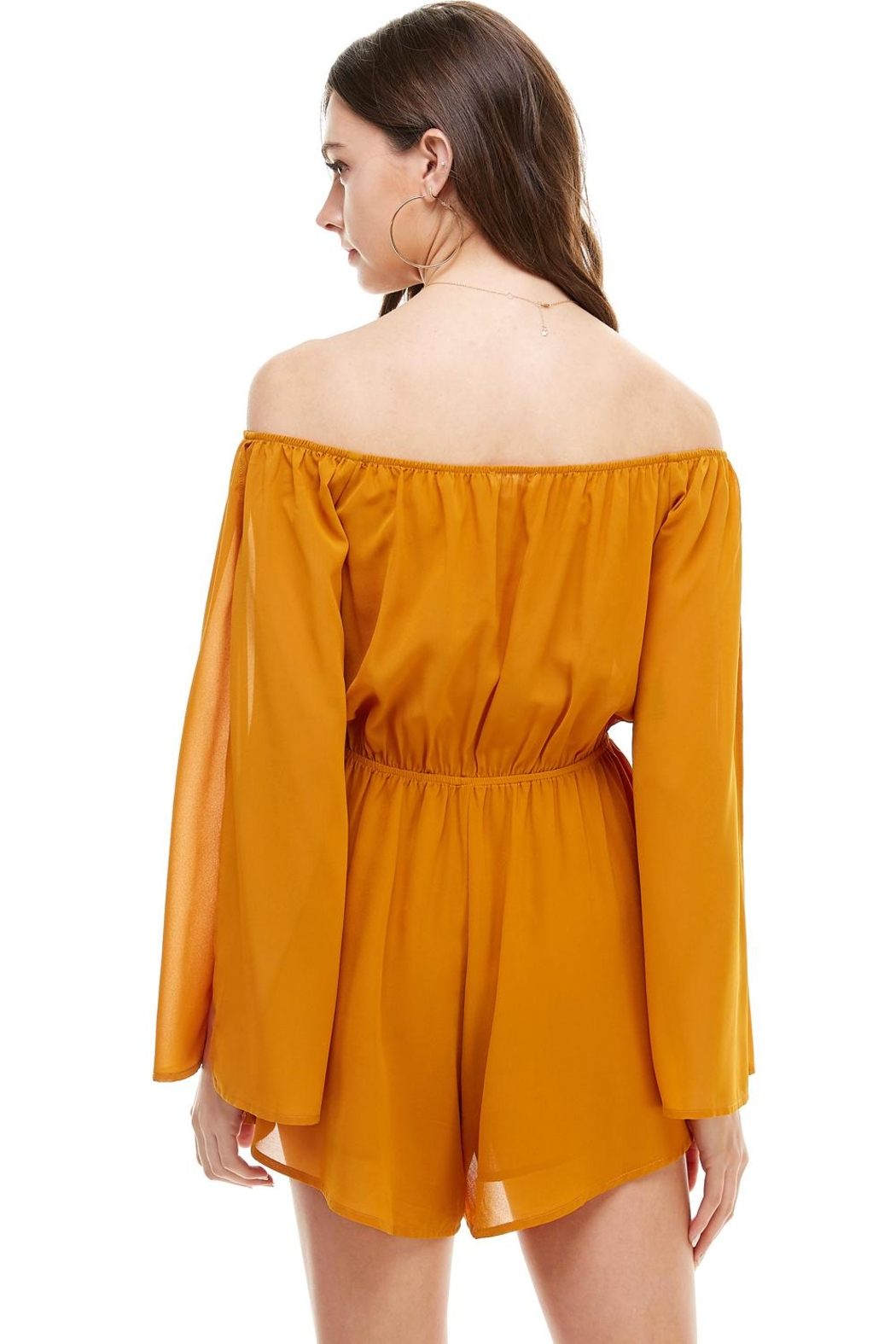 Miley and Molly Solid Cold Shoulder Long Sleeve Romper - Side Cropped Image