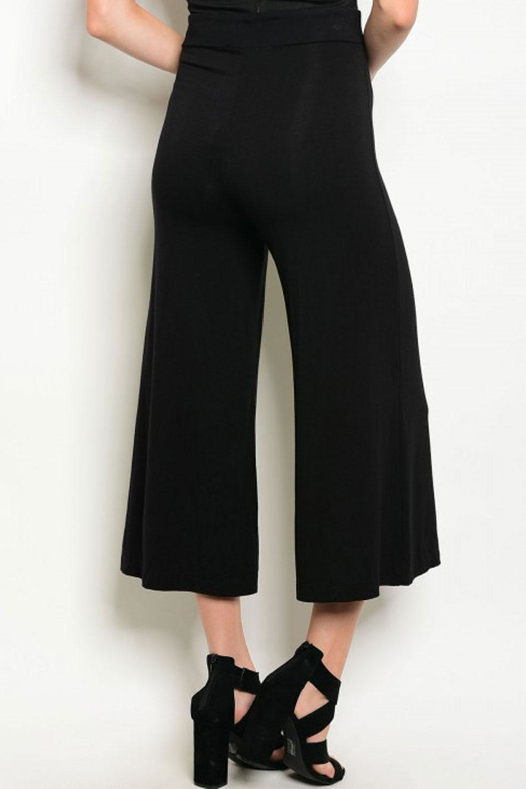 MilkyWay Blk Cropped Gaucho - Front Full Image