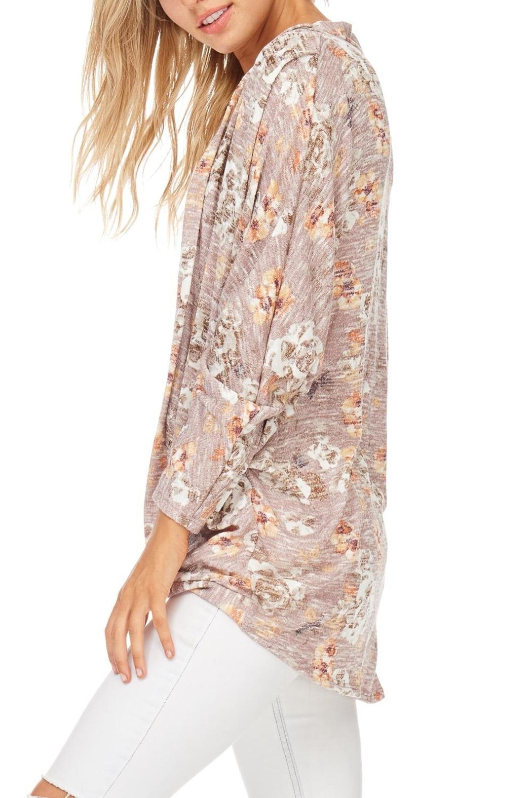 Millibon Blush Floral Cardigan - Side Cropped Image