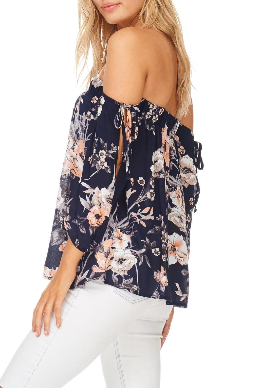 Millibon Floral Cold Shoulder Top - Side Cropped Image