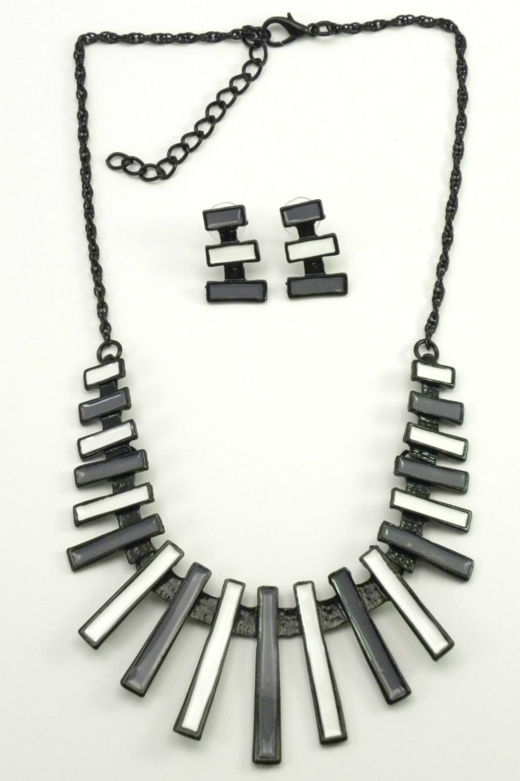 Mimi's Gift Gallery Gray White Necklace Set - Main Image