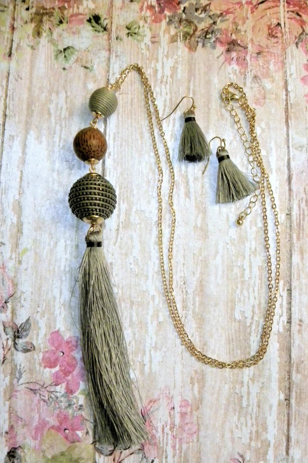 Mimi's Gift Gallery Thread Wrapped Tassel Set - Front Cropped Image