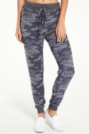 z supply Mina Marled Camo Joggers - Front cropped
