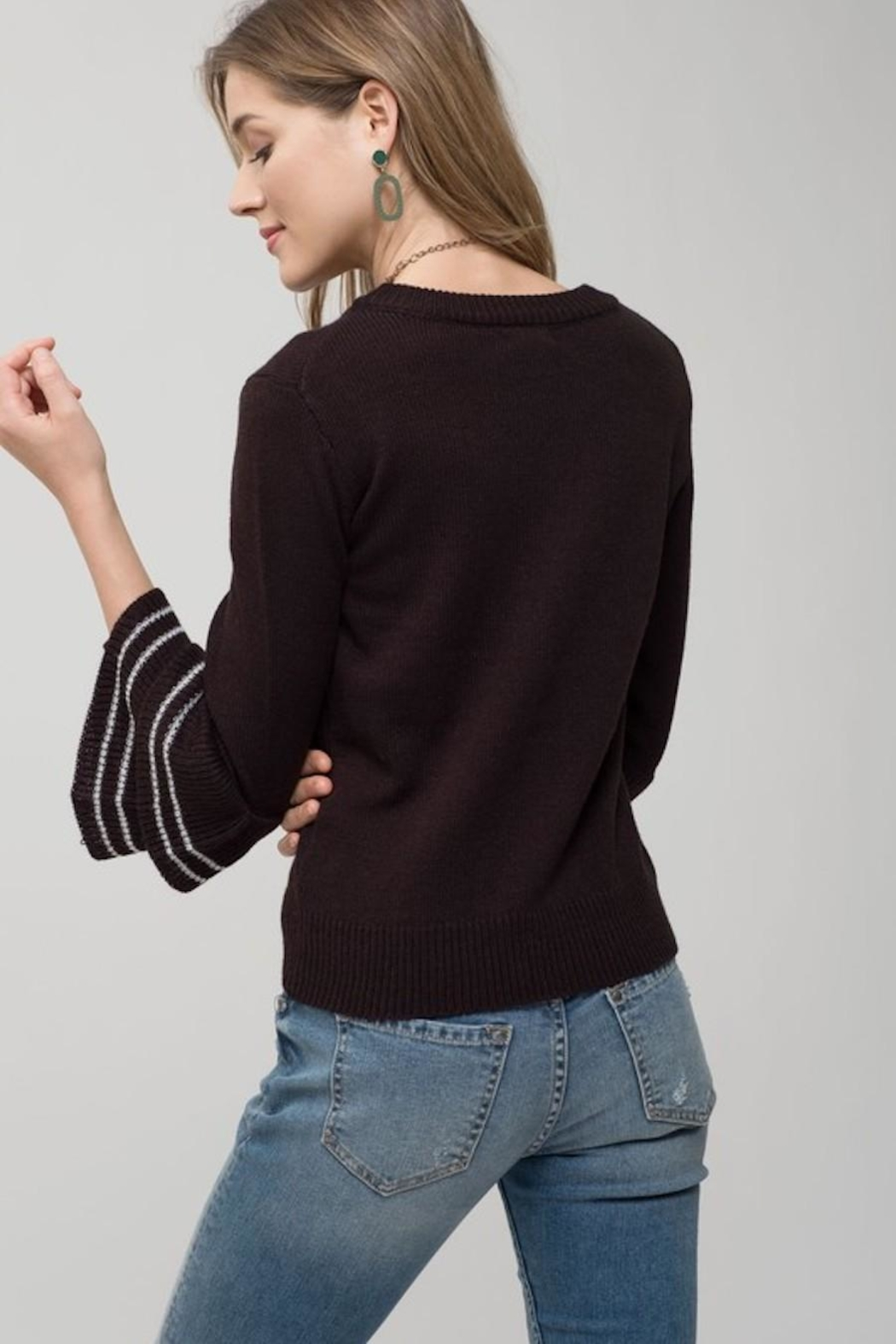 Mine Black Tiered Sleeve Sweater - Side Cropped Image