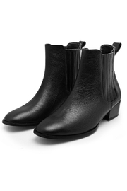 Minhk Kenya Black Boots - Product Mini Image