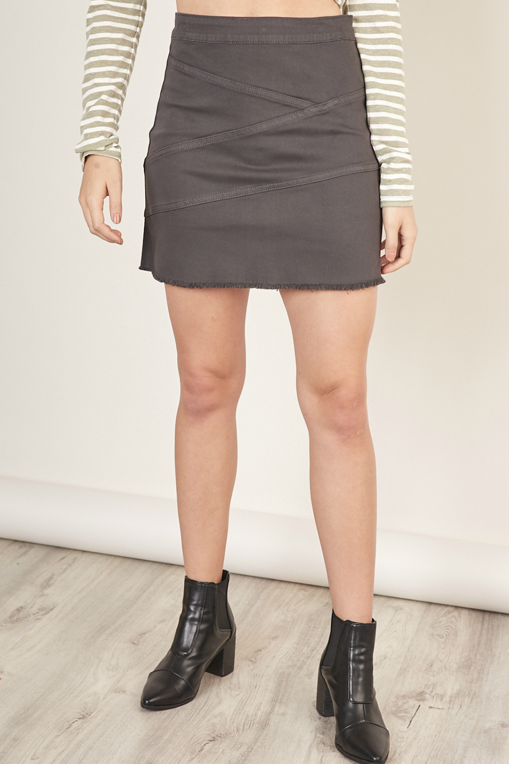 Mustardseed MINI DENIM SKIRT WITH ZIPPER - Front Cropped Image