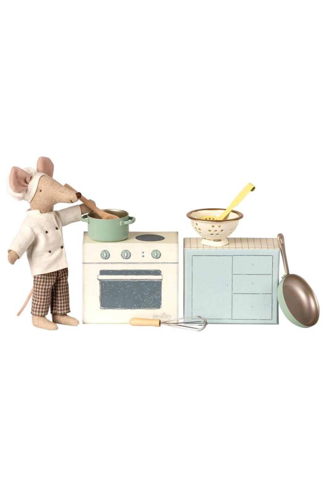 Maileg Miniature Cooking Set - Front Full Image