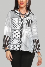 Minkas Button Front Print Top - Product Mini Image