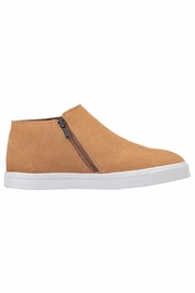 Minnetonka Moccasin Minnetonka Gwen Bootie - Side cropped