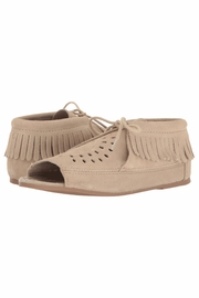 Minnetonka Moccasin Minnetonka Lyra Open-Toe-Bootie - Front full body