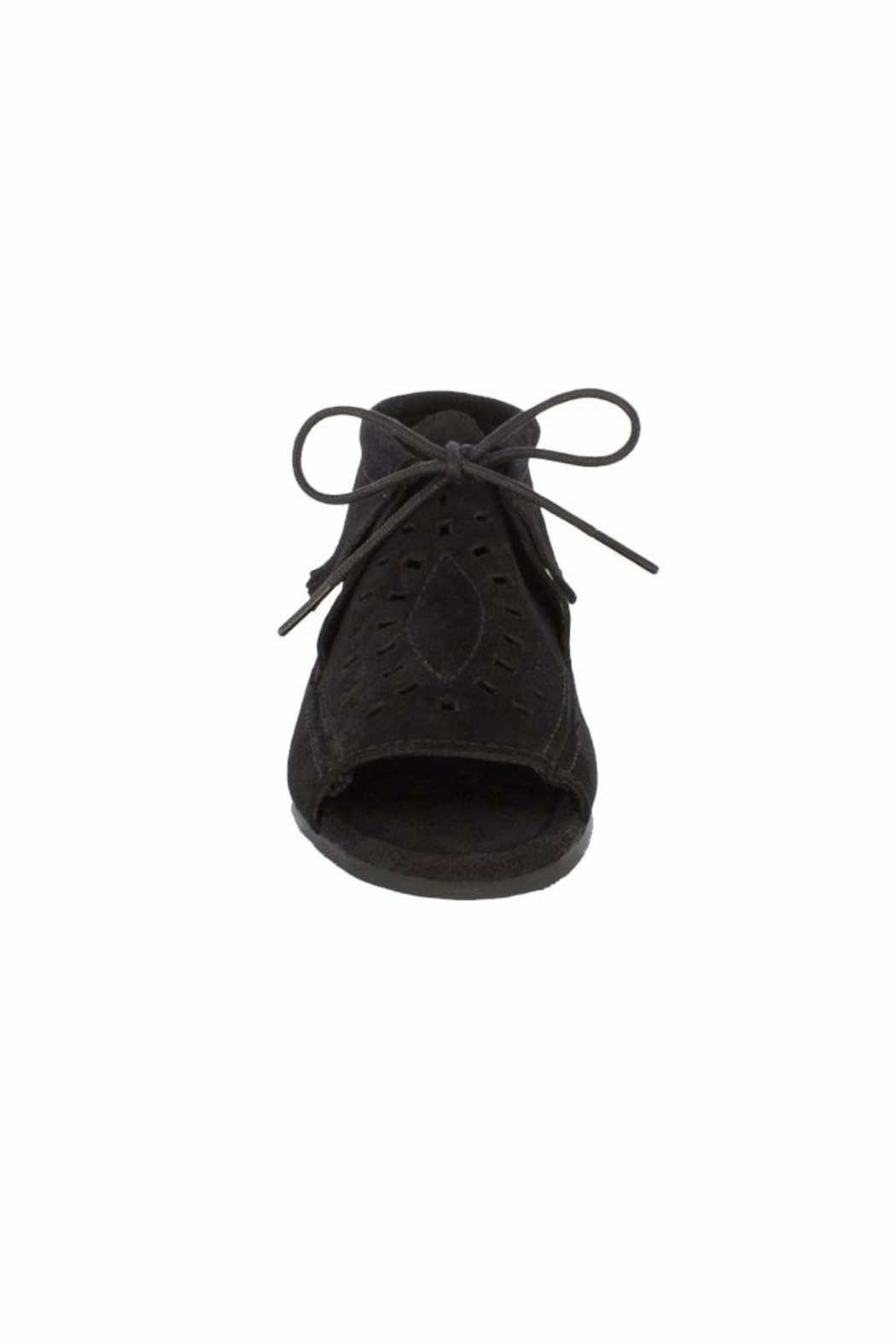 Minnetonka Moccasin Minnetonka Lyra Open-Toe-Bootie - Side Cropped Image