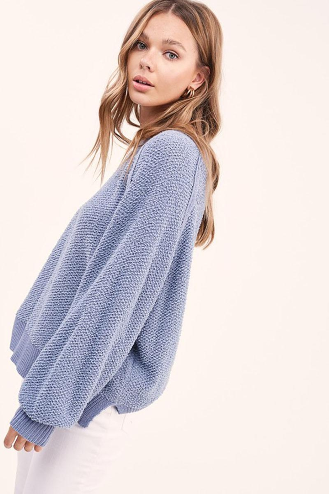 Mint Cloud Boutique Lightweight Knit Pullover Sweater Top - Side Cropped Image
